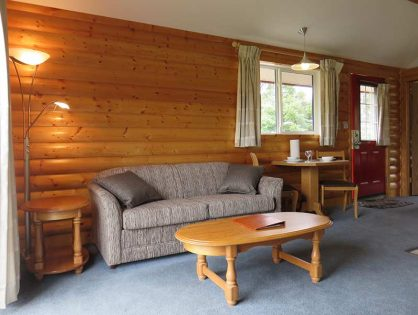 Deluxe Log Chalet For Two